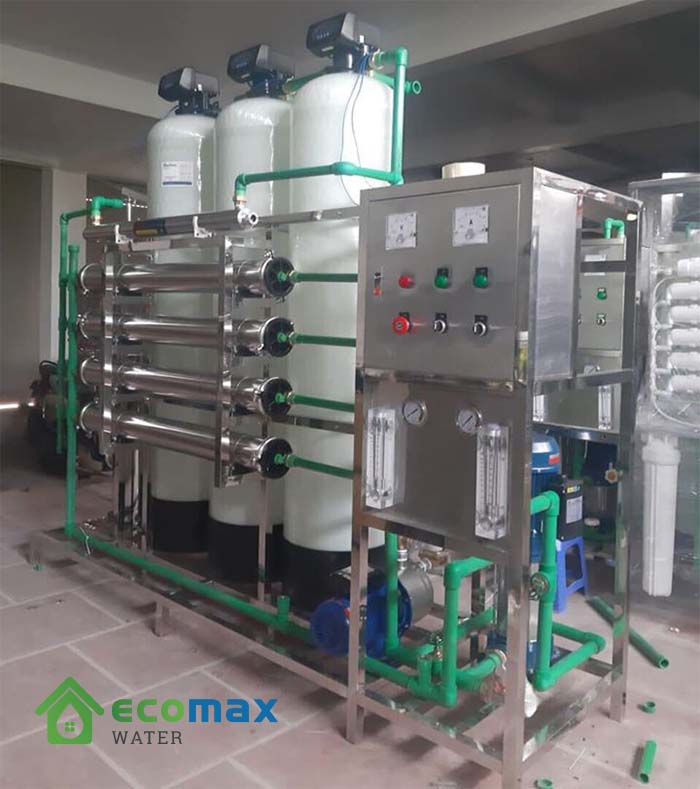 Dây chuyền lọc nước đóng bình đóng chai 1000lít/giờ